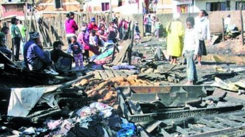 madagascar-Madagascar : 40 immeubles incendiés, 5 blessés graves, 200 familles à la rue