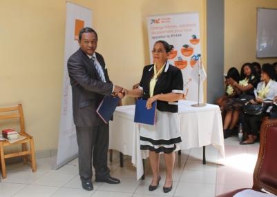 madagascar-L'ESMIA et Orange Madagascar scellent un partenariat novateur L'ESMIA et Orange Madagascar scellent un partenariat novateur
