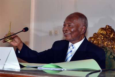 madagascar-Honoré Rakotomanana élu président du Sénat