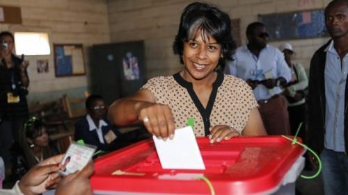 madagascar-Saraha Rabeharisoa. Lettre ouverte à Ban Ki-moon sur le «Président monarque»