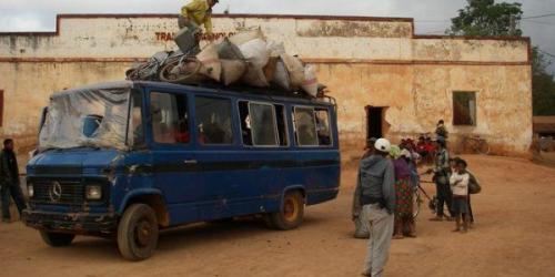 madagascar-Bavure à Madagascar : le passager d'un taxi tué par un gendarme lors d'un contrôle