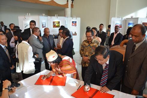 """madagascar-La Chine et Madagascar s'entendent sur la participation de Madagascar à l'initiative """"la Ceinture et la Route"""""""