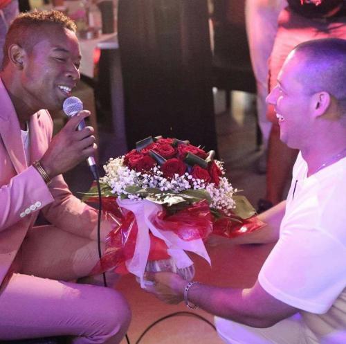 madagascar-Le chanteur D-Lain se marie à Bonifacio, en Corse du Sud, France