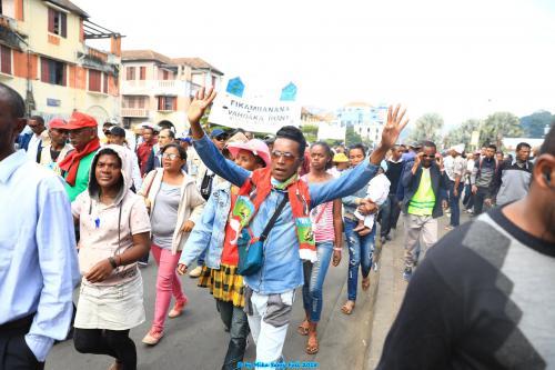 madagascar-Place du 13 Mai, photos de chaussures des députés